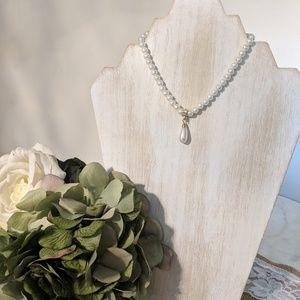 Claire's faux pearl necklace
